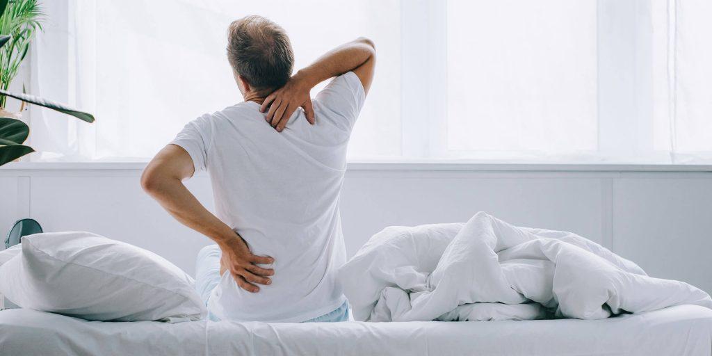 cara menghilangkan sakit belakang